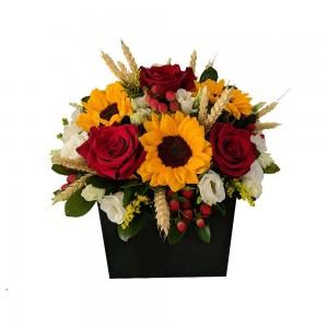 Κουτί με ήλιους και κόκκινα τριαντάφυλλα