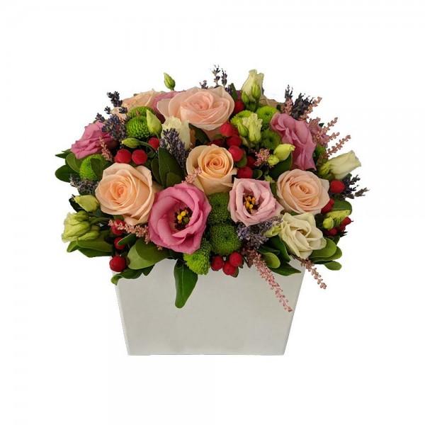 Κουτι με διαφορα λουλουδια