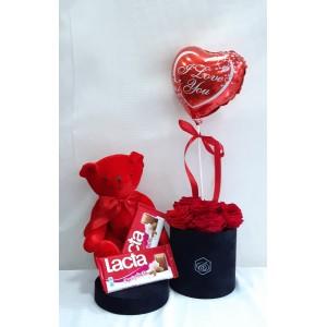 Forever roses Box, λούτρινο, μπαλόνι & σοκολάτες