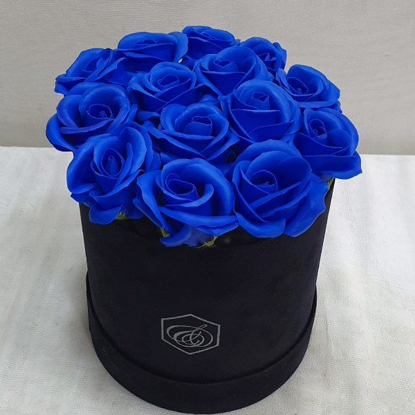 Soap Blue roses in a box