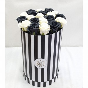 Soap Black & White roses in a box