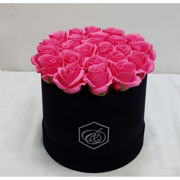 Soap fucsia roses in a box